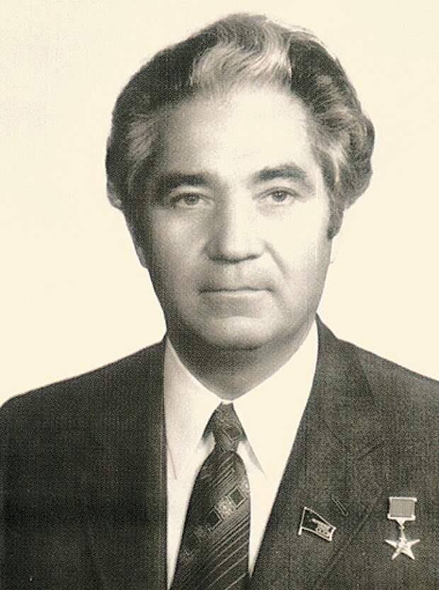 Валентин Згурский в 1986 году руководил Киевским горисполкомом.