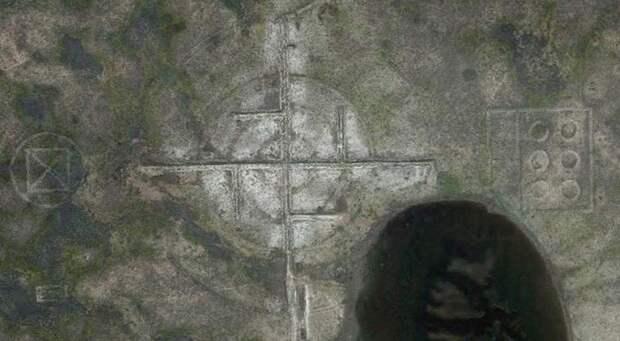 Возле «Зоны 51» нашли огромную свастику
