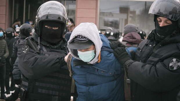 Насемь суток арестовали жителя Ростовской области запризывы выходить намитинг