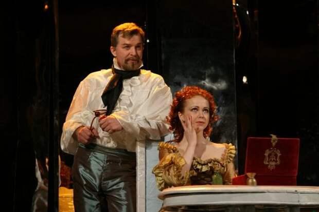 Владимир Борисов в спектакле «Безумном дне, или Женитьбе Фигаро»