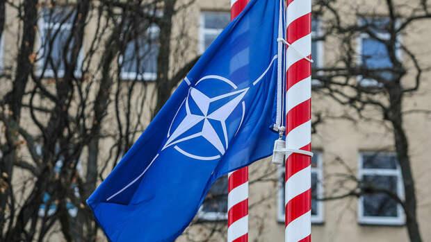 Чехия призвала НАТО дать совместный ответ России