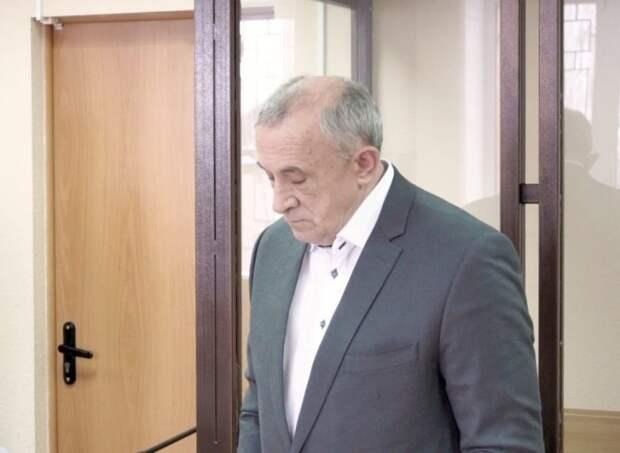 Суд продлил срок домашнего ареста экс-главы Удмуртии Александра Соловьева
