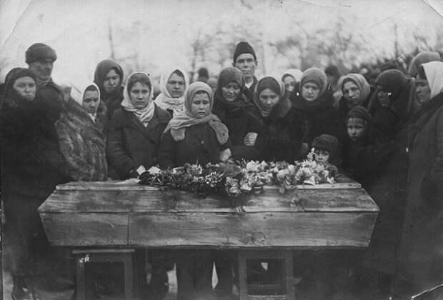 Чем русские похоронные ритуалы удивляют европейцев