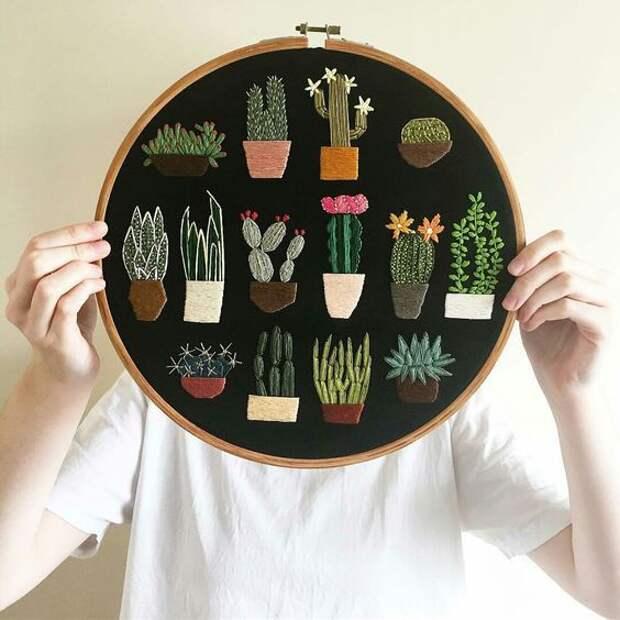 Вышитые кактусы