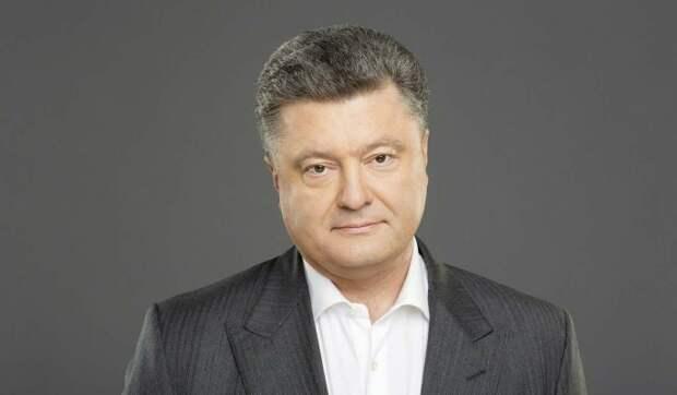 """Порошенко присвоил себе заслуги по """"спасению"""" Украины"""