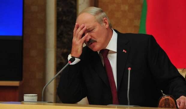 """Обращался на """"ты"""": вскрылось хамское поведение Тихановского в разговоре с Лукашенко"""