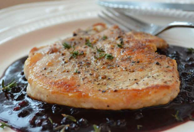 Свинина в ягодном соусе: шикарное блюдо