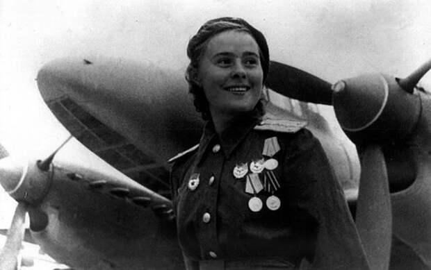 Лидии Литвяк: сколько самолётов сбила лучшая женщина-ас в истории