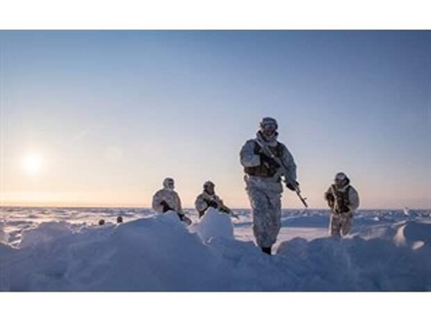 И в небе, и в океане: конкуренция между США и Россией в Арктике становится все более ожесточенной