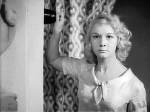 Кадр из фильма *Под стук колес*, 1958 | Фото: kino-teatr.ru