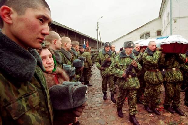 «Рядом лежит моя снайперская винтовка, и я не боюсь» Как в Чечне погибли 84 десантника: история героизма и предательства