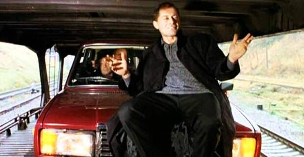 Кадр из фильма «Олигарх»