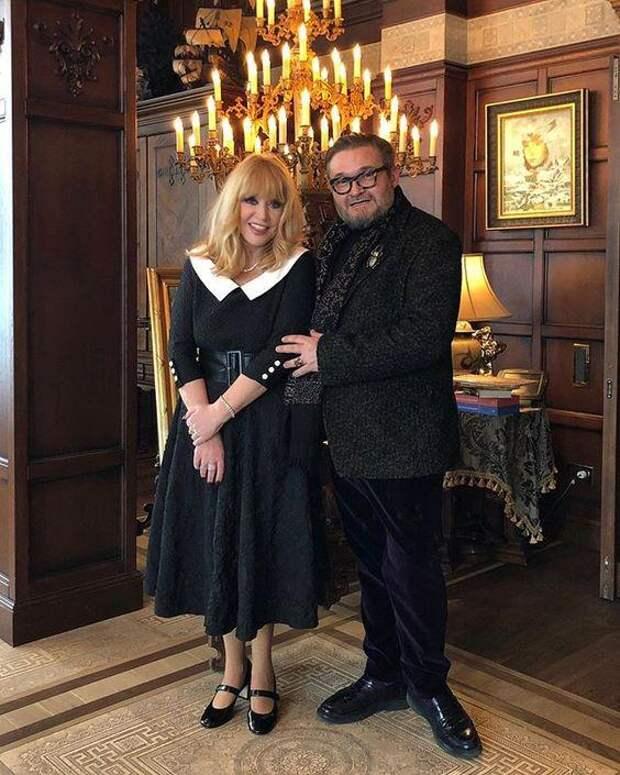 70 лет не приговор: стильные современные образы Аллы Пугачевой