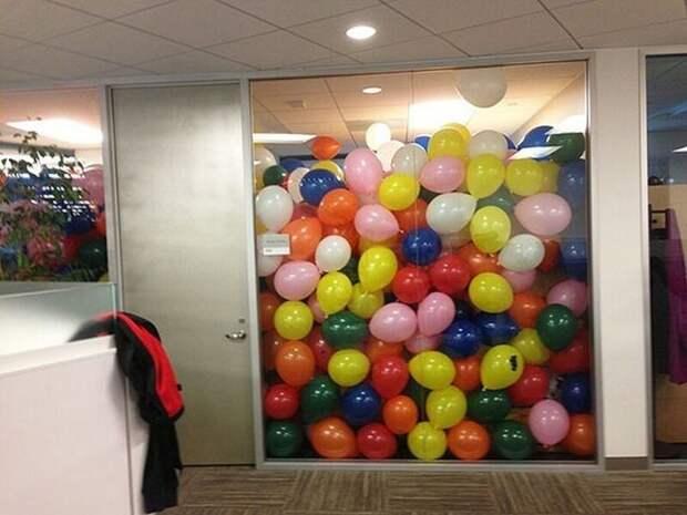 22 примера лучших офисных розыгрышей иприколов