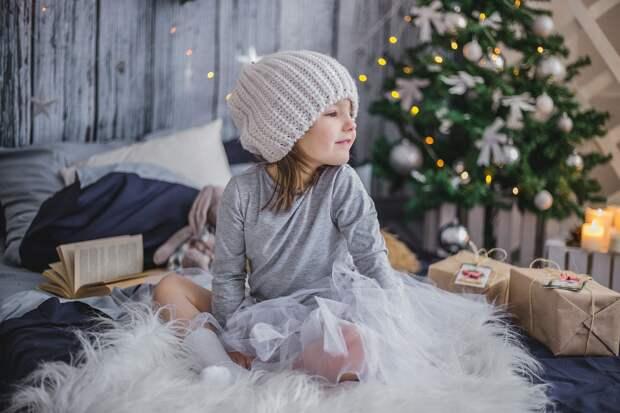 Как российским семьям с детьми получить новогодние выплаты