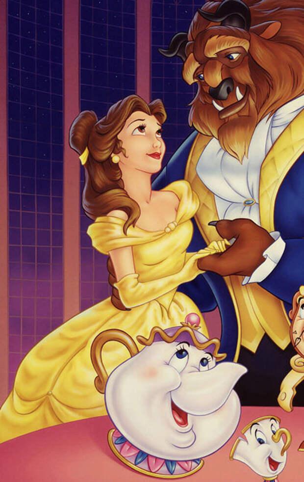Битва платьев: настоящие принцессы одеваются как героини Disney