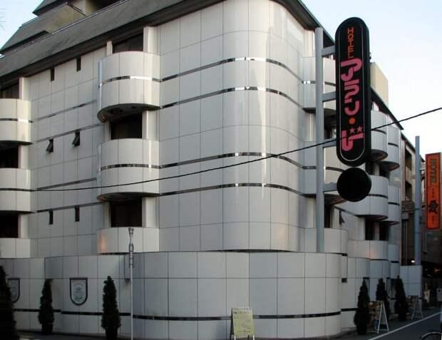 """4. В Японии есть множество """"отелей любви"""", оформленных в различном стиле и предлагающих разные варианты размещения в мире, интересное, полезно, путешествия, страна, факты, фото, япония"""