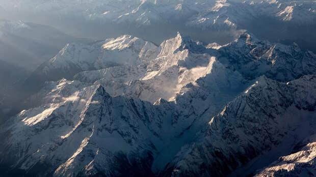 Древние вирусы нашли в ледниках Тибета