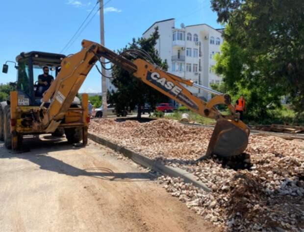 В Севастополе продолжается ремонт дорог