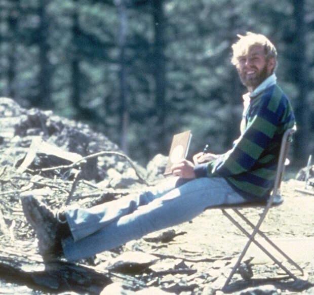 Вулканолог Дэвид Джонсон за 13 часов до начала извержения
