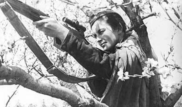 Конец пути Великая Отечественная, Женщины на войне, снайпер №1