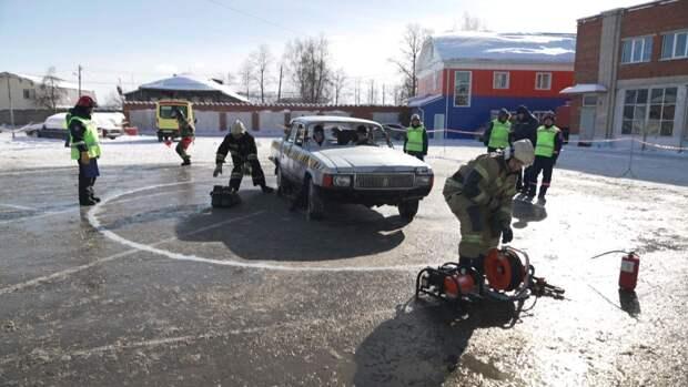 Спасатели Удмуртии выяснили, кто лучший в ликвидации последствий ДТП