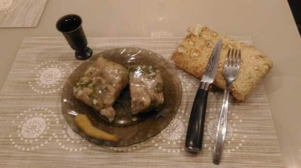 Холодец из свиных ножек, по-кавказски