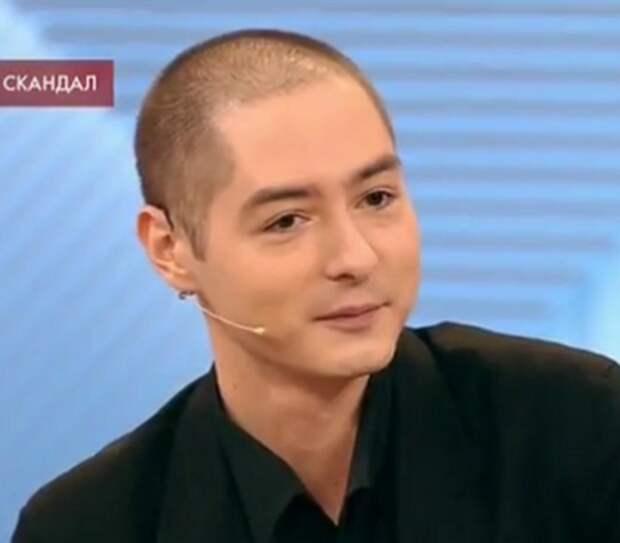 Василий Шукшин-младший впервые дал интервью о скандалах в семье