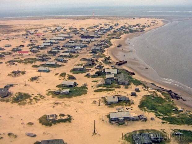 shoyna-sand-buried2
