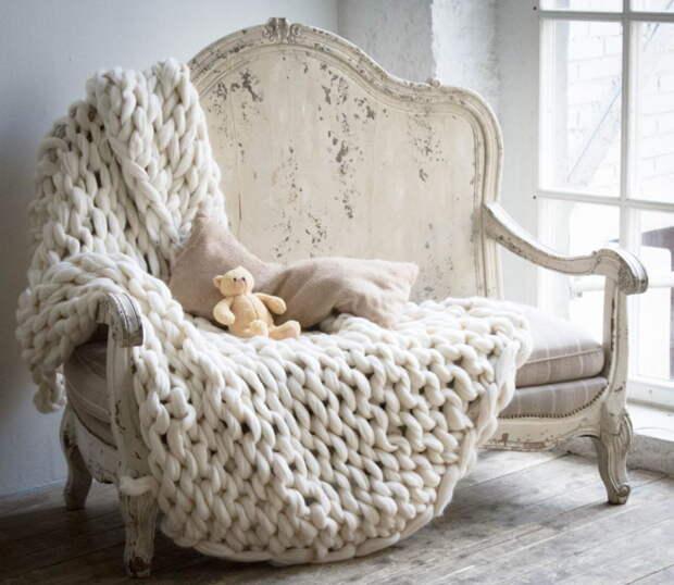 Уютная, комфортная и простая вещь из пряжи меринноса