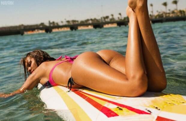Лига серфинга запретила снимать ягодицы спортсменок крупным планом