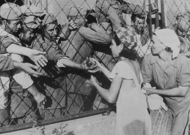 Как советские женщины выкупали у немцев пленных бойцов Красной Армии