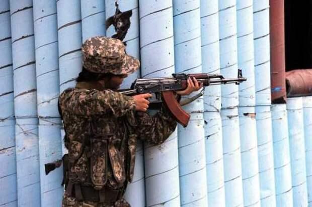 Девушки в армии Казахстана