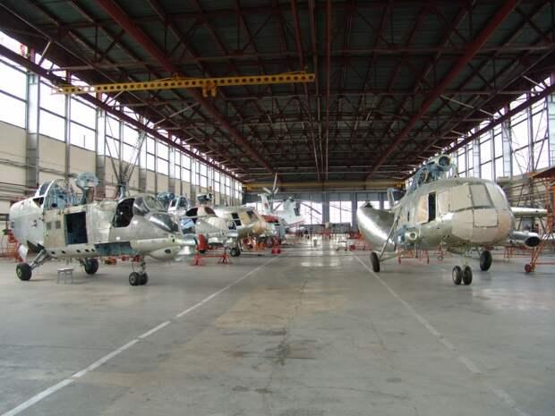 Лукашенко отобрал Оршанский авиаремонтный завод у Украины