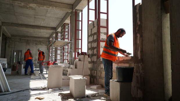 В Керчи строят школу, которой не будут страшны наводнения