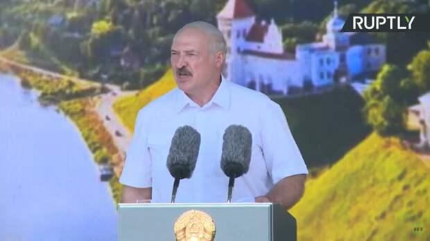 Глава Белоруссии заявил о постановочных кадрах на незаконных акциях