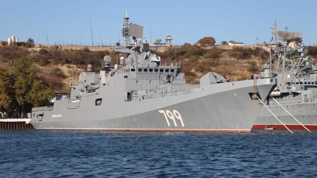 Корабли Черноморского флота вернулись на базу после маневров в Крыму