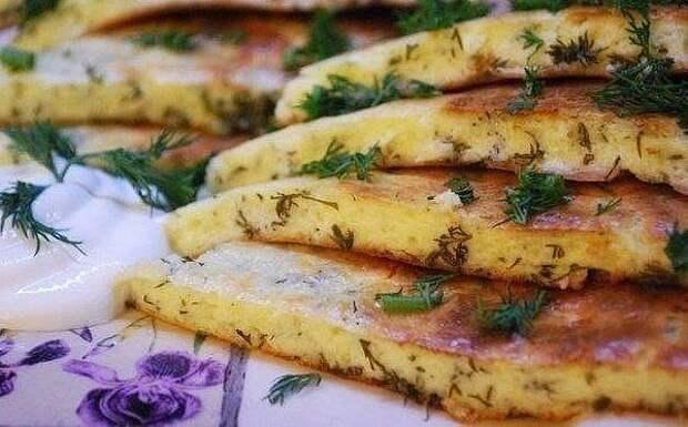 Быстрые хачапури на сковороде