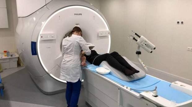 Невролог Евдокимов призвал проходить МРТ для раннего выявления межпозвоночной грыжи