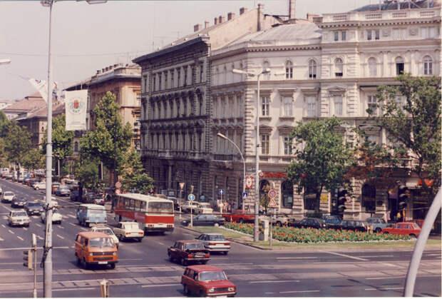 Автопарк Будапешта в 1992 году: 1992, СССР, дорожное движение, капиталистические страны, прошлый век, соц. страны, страны третьего мира, улицы