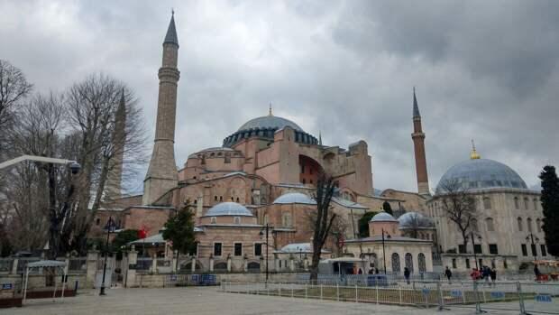 Жители Турции не оценили предложение Зеленского заменить туристов из России украинцами