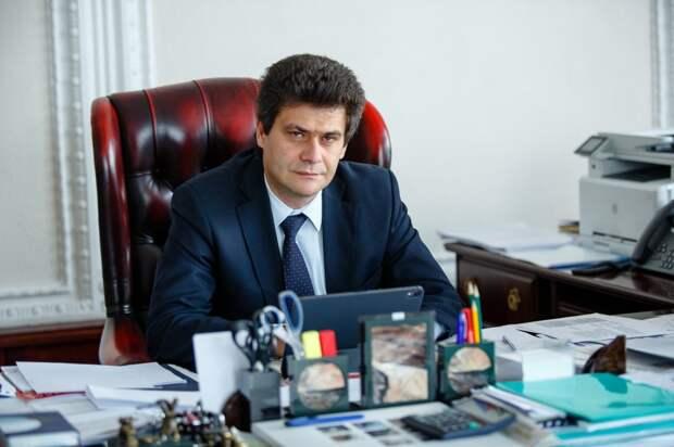 Депутаты Екатеринбурга приняли отставку мэра Александра Высокинского