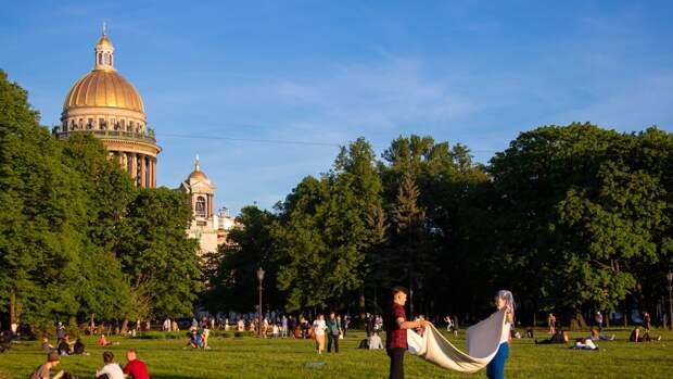 Главный синоптик Петербурга предупредил о приходе в регион аномальной жары