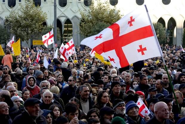В Грузии грядет майдан: какие претензии к России?