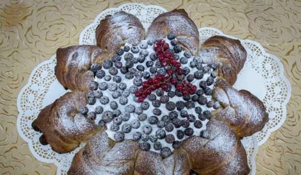 """Участники """"Большой перемены"""" испекли для родных женщин пироги в честь 8 марта"""