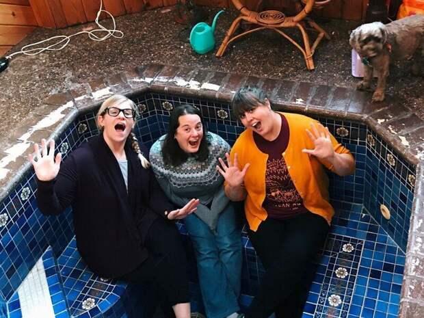 Как супруги из США случайно нашли джакузи у себя дома под полом