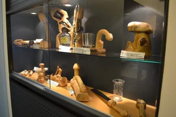 Музей фаллосов, Рейкьявик, Исландия.