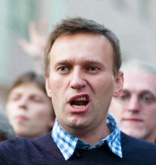 На мой взгляд у Навального напрочь отсутствует мужское достоинство
