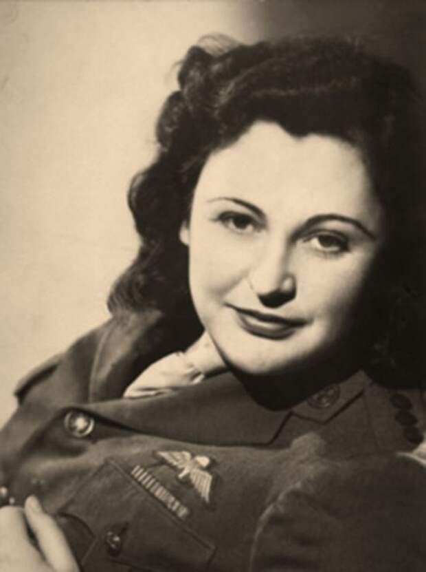 2. Нэнси Уэйк  женщины, история, шпионка