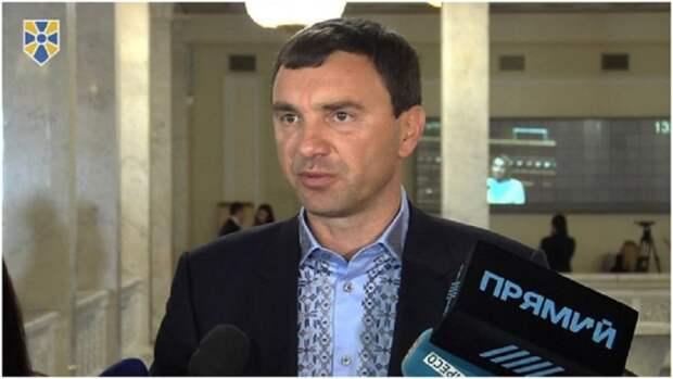 Группа депутатов фракции «Довіра» намериваются купить украинскую «дочку» российского Сбербанка
